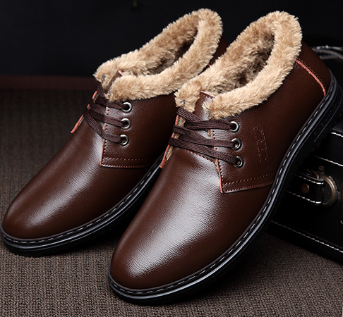 Красивая обувь из полиуретана