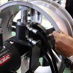 Правка литых дисков: стоит ли делать, плюсы и минусы