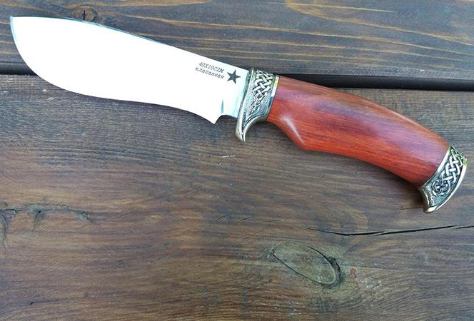 Красивый нож 40х10с2м
