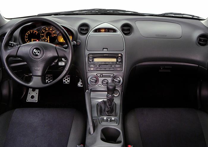 Интерьер Toyota Celica