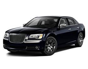 Стоит ли покупать Chrysler 300: плюсы и минусы