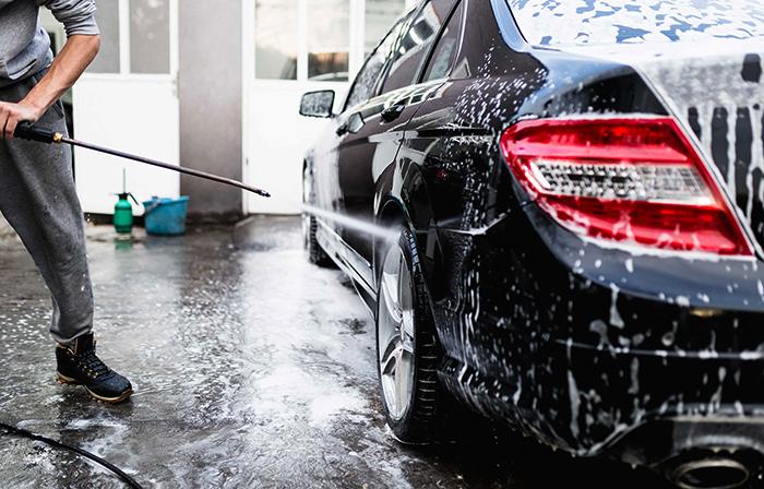Мытье на автомойке