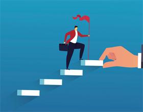 Плюсы и минусы карьерного роста