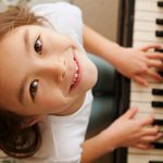 Стоит ли отдавать учиться ребенка в музыкальную школу?