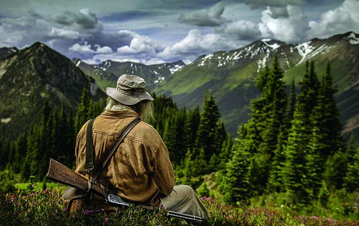 Охотник в горах