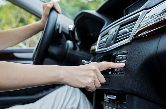 Радио в машине