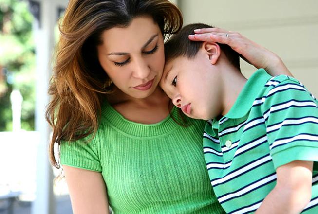 Приемный ребенок с мамой