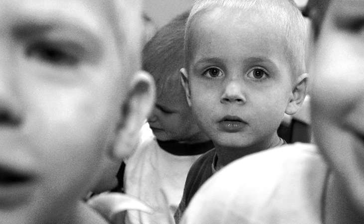 Дети из детдома