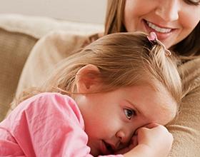 Стоит ли брать ребенка из детдома: плюсы и минусы