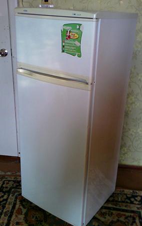 Хороший б/у холодильник