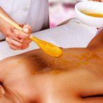 Медовый массаж — плюсы и минусы процедуры