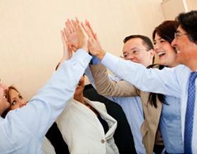 Неформальные отношения в менеджменте: плюсы и минусы