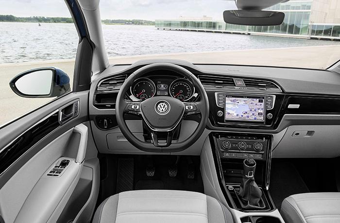 Салон Volkswagen Touran