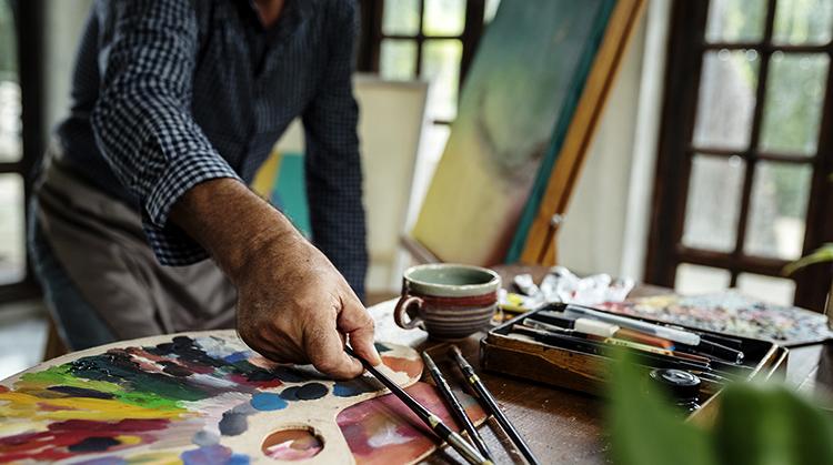 Мужчина-художник