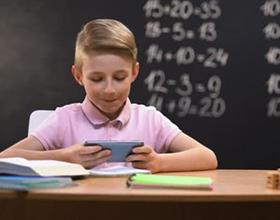 Гаджеты в жизни школьника: плюсы и минусы