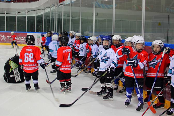 Обучение в хоккейной школе