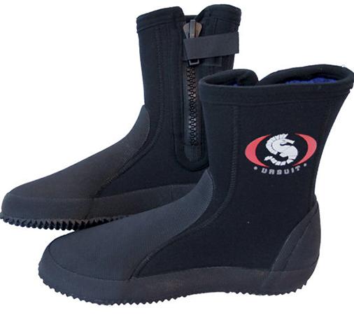 Современная обувь из неопрена