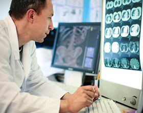 Профессия невролог — плюсы и недостатки