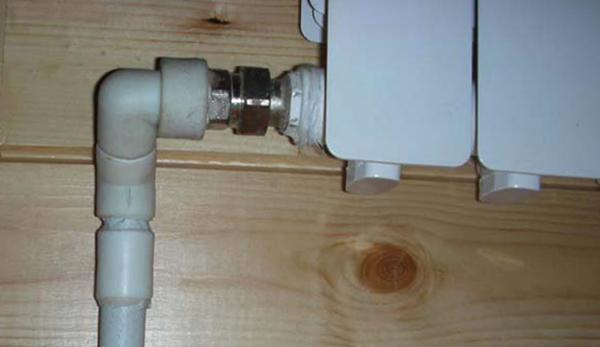 Новые пластиковые трубы на отопление