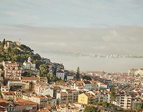 Стоит ли ехать зимой в Португалию: плюсы и минусы