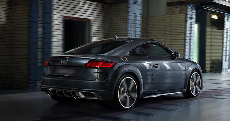 Новый автомобиль Audi TT