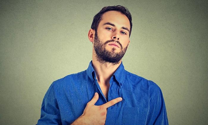 У мужчины высокая самооценка