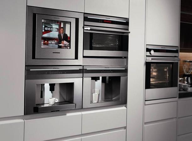 Новая встроенная кухонная техника