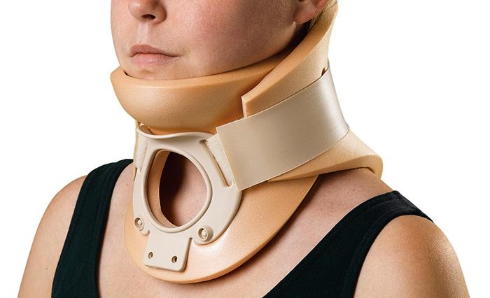 После перелома шеи