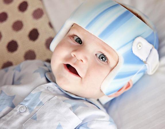 Шлем при кривошее