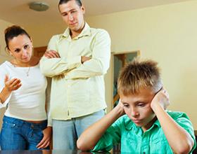 Родительская гиперопека и ее последствия для ребенка