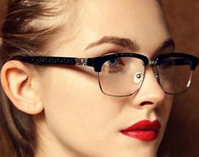 Стоит ли носить очки при слабой близорукости?