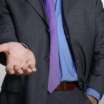 Стоит ли работать коллектором: плюсы и недостатки