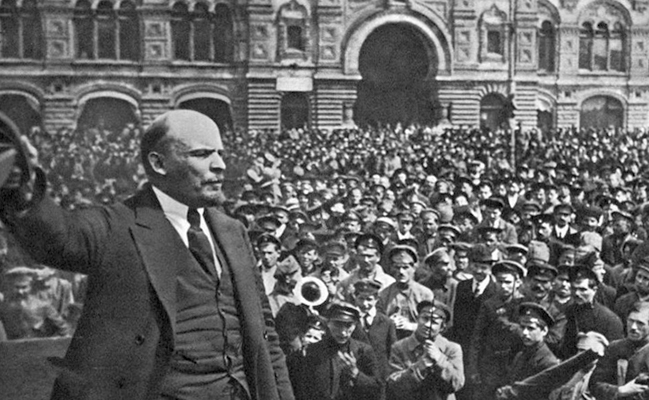 Ленин во время Октябрьской революции
