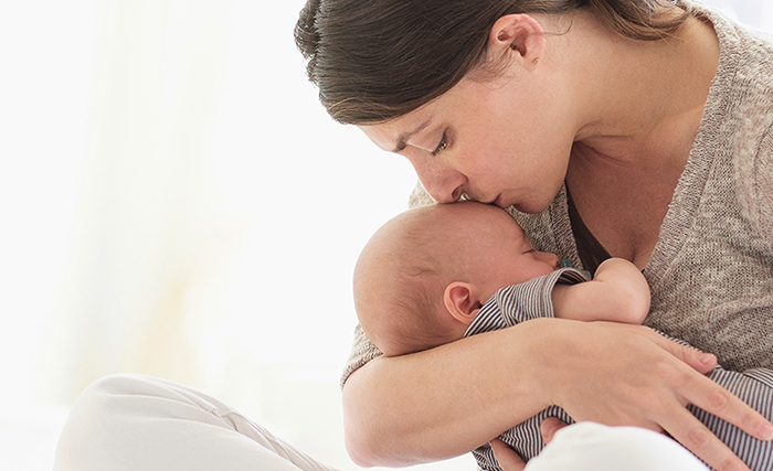 Мама с ребенком с ЦМВИ