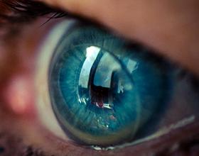 Последствия ношения контактных линз