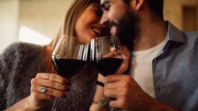 Пара пьет