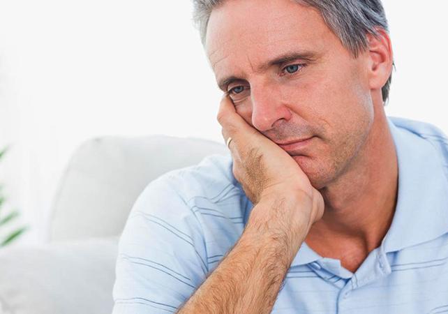 Проблемы у мужчины с циррозом печени