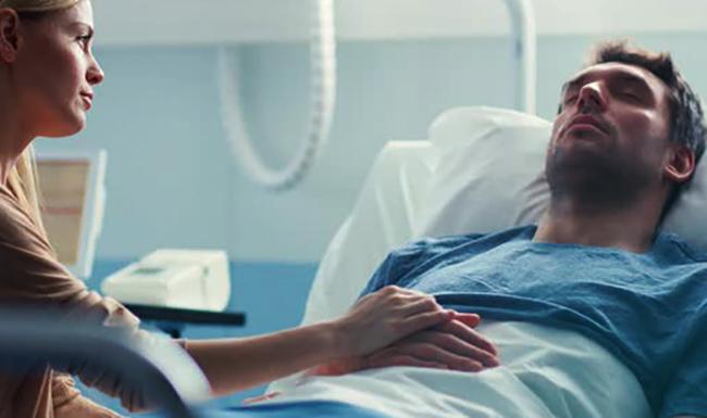 Мужчина после клинической смерти