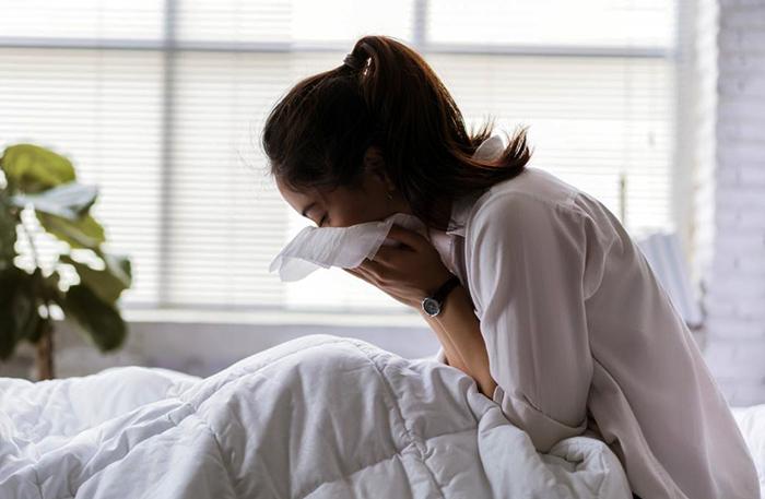 Симптом туберкулеза у девушки