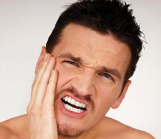 После перелома челюсти