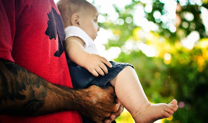 Малыш с дисплазией с отцом