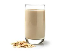 Овсяное молоко — плюсы и минусы употребления